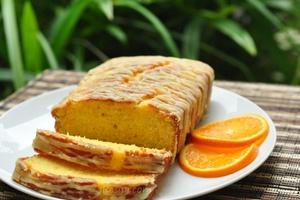 Kek Oren Lembap dan Lembut