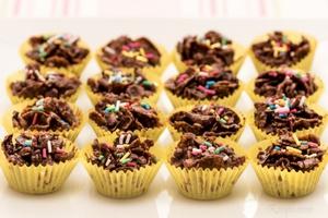 Biskut Cornflakes Coklat Badam